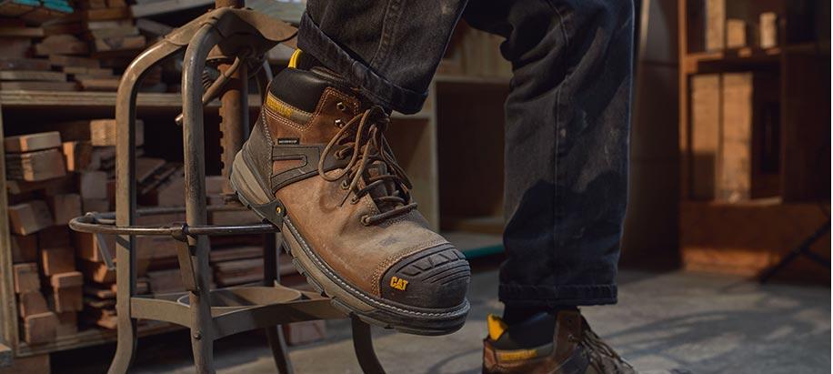 Cat Excavator shoe.